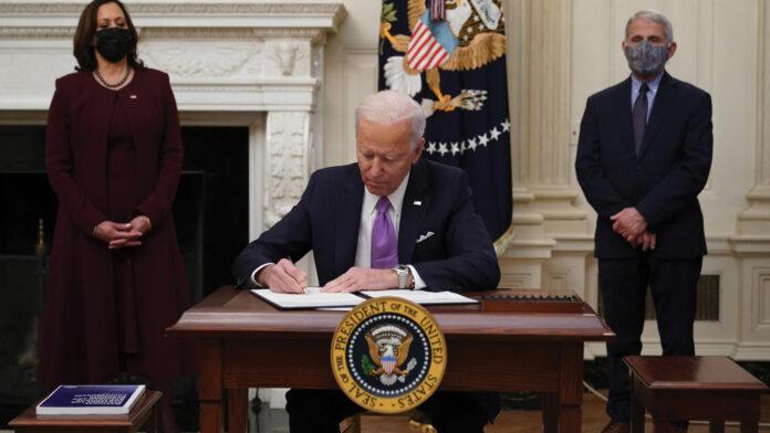 A 100 días de la llegada de Biden al poder, su gestión muestra que la prioridad siempre está en los asuntos domésticos. Foto: AFP.